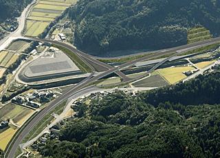 概略・予備・詳細設計から交差点設計まで、道路設計全般